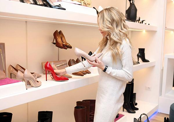 Luxury women's shoe display